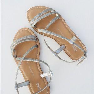 Gap girl sliver glitter flat sandals